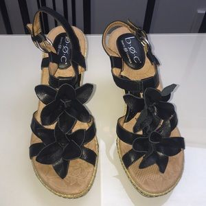 "Great ""Born Concept"" Black Leather Flower Wedges"
